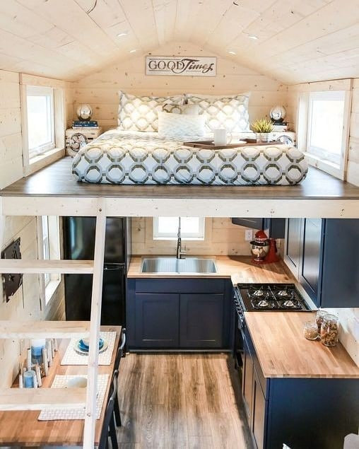 To give you some inspiration, we have found 35 small house design ideas. There are modern style, bohemian Style, rustic home style ideas and more. So, take a look. | soflyme.com