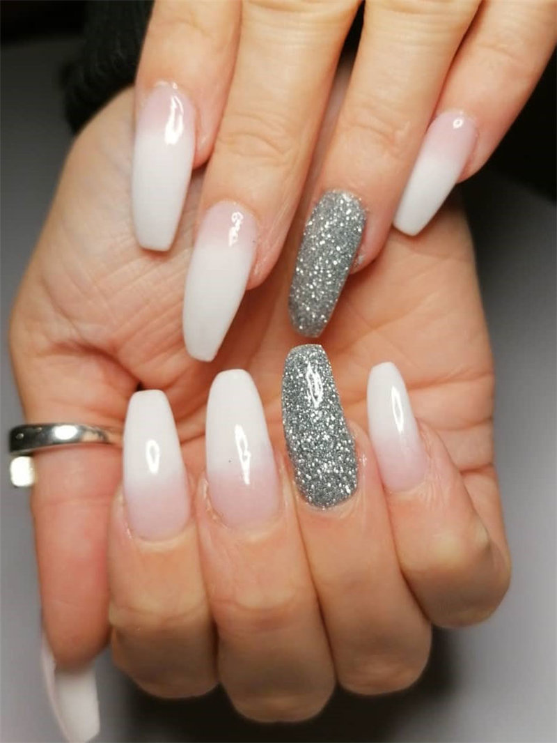 45 glitter nail art design and dip powder nails ideas, them looks so edgy and stylish. Take a look at and choose your favorite glitter nails ombre. Try and enjoy! | Soflyme.com