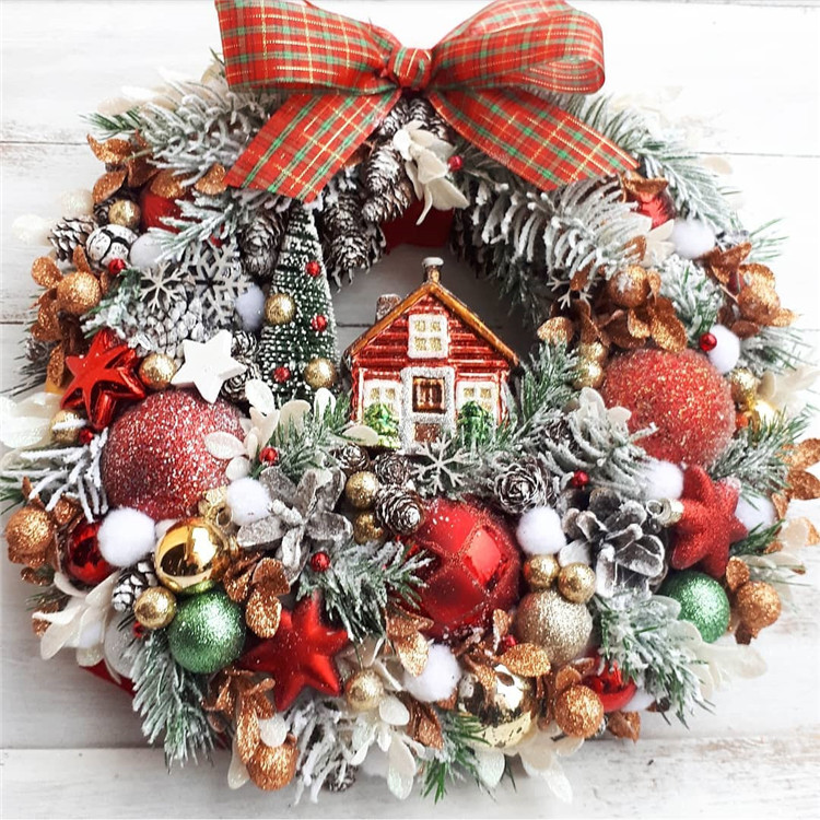 160 Easy Ideas for DIY Christmas Wreaths, christmas wreaths, christmas wreaths diy, christmas wreaths for front door, christmas wreaths diy easy, christmas wreaths on windows, christmas wreaths diy dollar stores