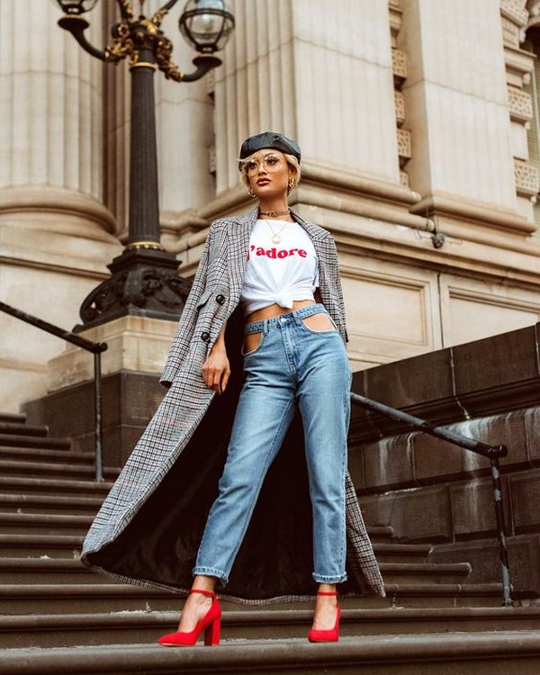 80+ Denim & Jeans Outfit Trends for Women in Spring 2021, #JeansOutfit, #DenimJeans