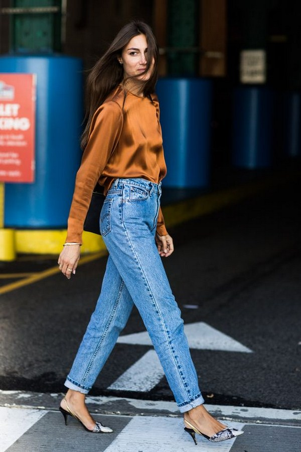 80+ Denim & Jeans Outfit Trends for Women in Spring 2020, #JeansOutfit, #DenimJeans