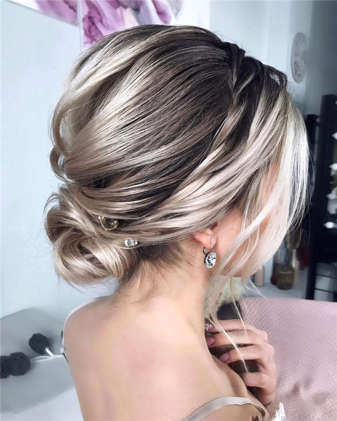 Elegant & Pretty Bun Hairstyle for Long Hair 2019, #Bunhaircut, #bunhairstyle