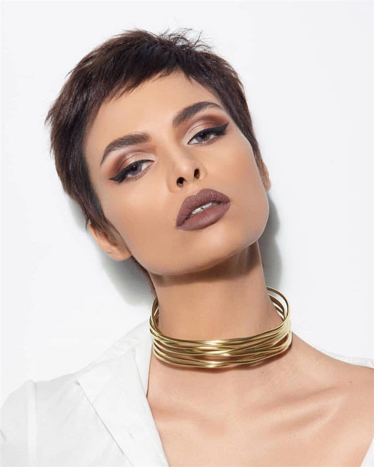 50 Stylish Short Hairstyle Ideas for Women You Can Try 2019, #ShortHaircuts, #ShortHairstyles