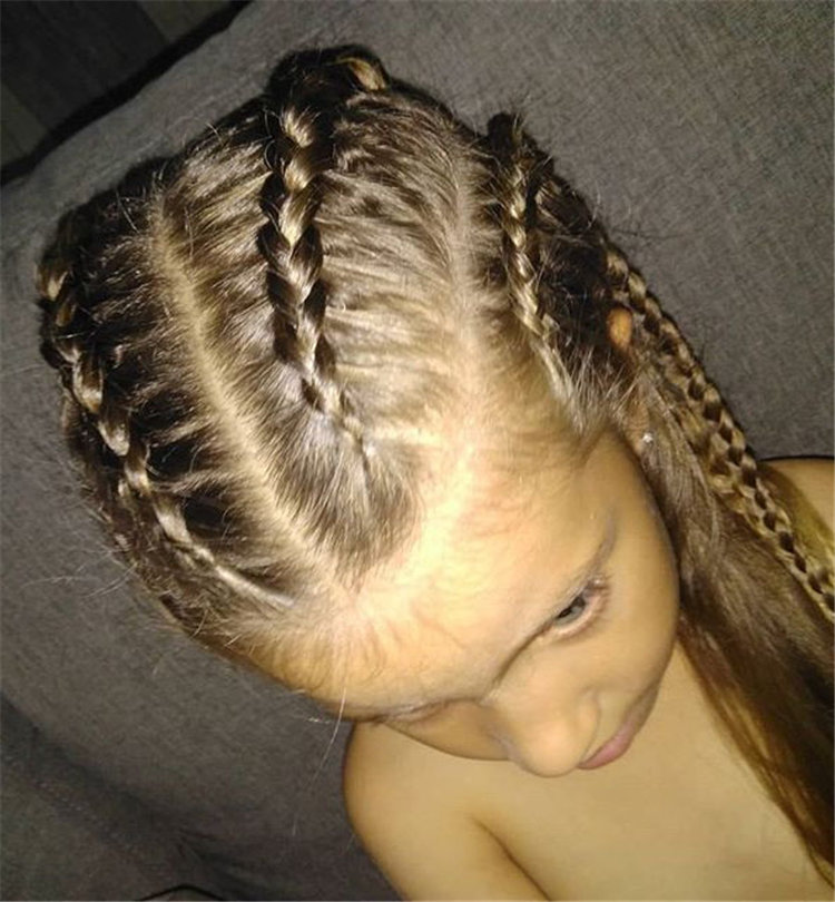 If you are looking for a simple and beautiful hairstyle for your child, then you must not miss these braided styles. The hairstyle shared with you this time is very suitable for little kids. If anyone tried these ideas, please share a photo with me.We've rounded up 60+ of the most impressive summer hair design ideas.