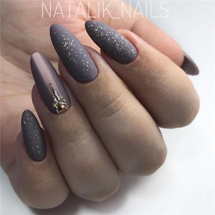 100 Pretty Winter Nail Design Ideas 2021
