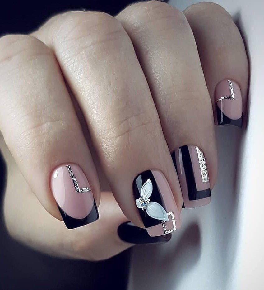 Cute and Trendy Square Nails Design; cute square nails; square nails short; square nails long; square nails short design; square nails acrylic; spring nails; #squarenails #nailsdesign #springnails