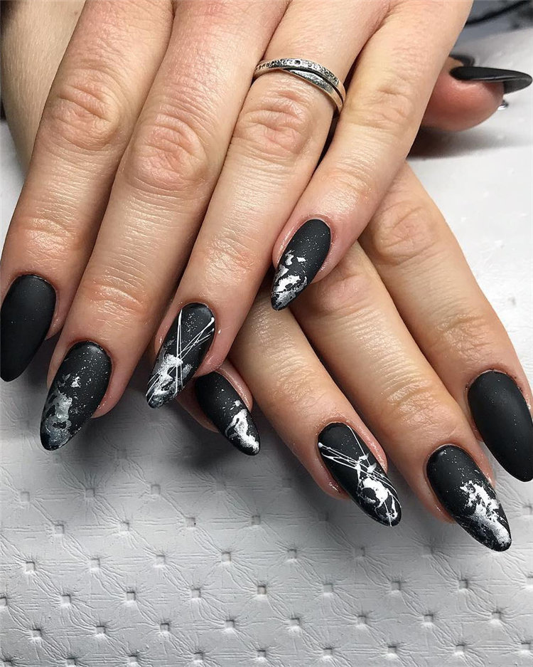 Elegant Black Nails Design Ideas Exceptional Look 2019; black nails; black nails 2019; black nail designs; black nails acrylic; black acrylic nails; #blacknails #blacknaildesigns