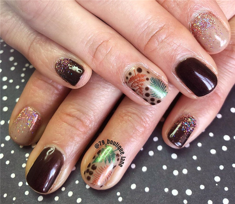 Fall Leaf Nail Art Designs - Fall leaves on nails right now are super-trendy. We searching for 60 best examples. Be ready to get inspiration! #FallNails #NailsArt #NailsDesign #Nails