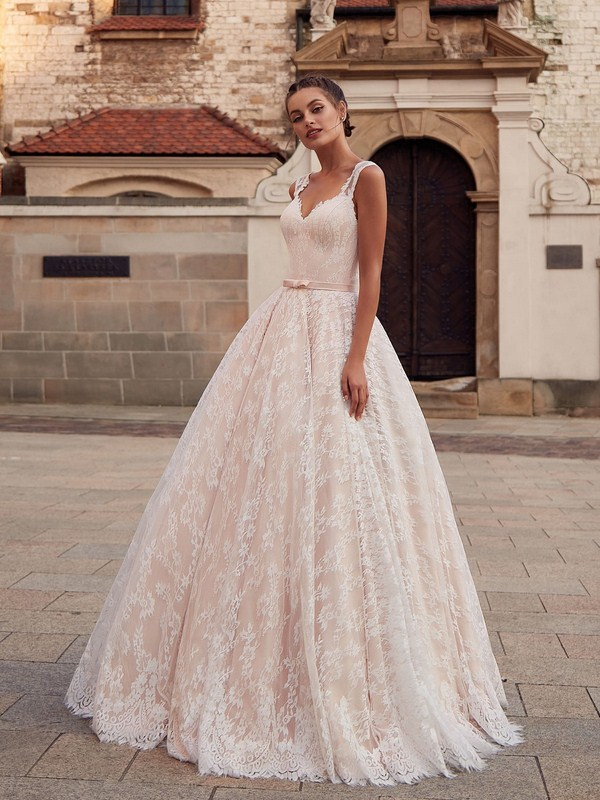 100+ Wedding Dress Trends to Inspire Your 2019, #WeddingDress