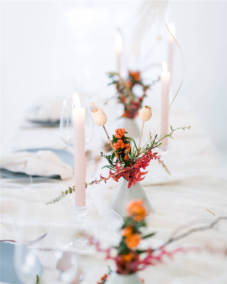 Here has 50+ stylesh and elegent wedding table decorations ideas. You're welcome to use these ideas for your own wedding. And Wish add a personalised to your wedding tables.