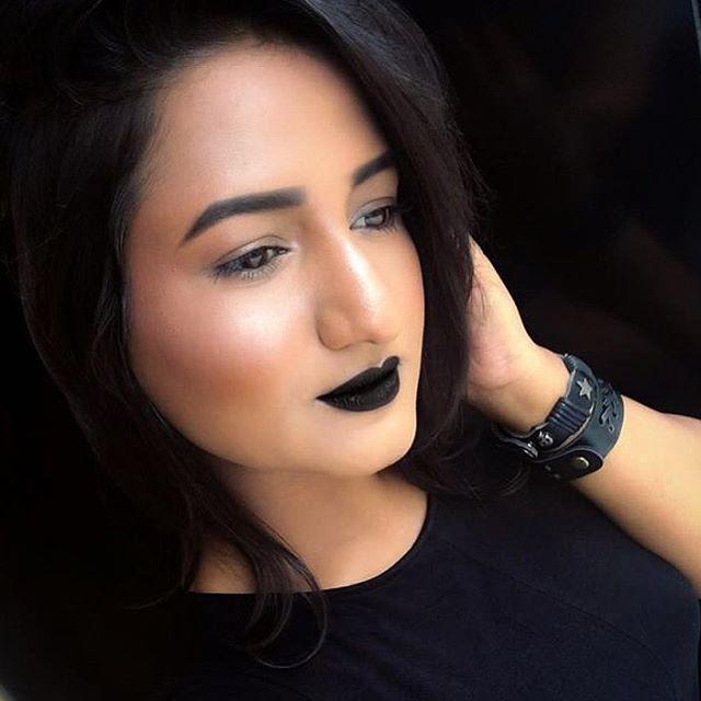 Black Lipstick